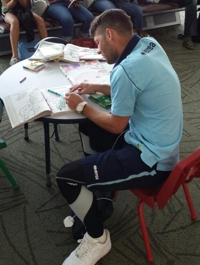 Wes Hoolahan has a Dora the Explorer colouring book*