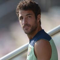 Fabregas says he never considered United move