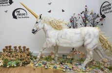 This is what a life-sized unicorn cake looks like