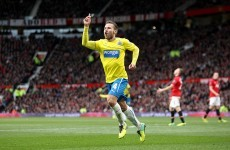 Cabaye pours more misery on Moyes as Man United suffer back-to-back defeats