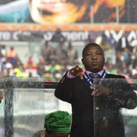 Controversial Mandela signer admitted to psychiatric hospital