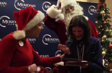 Returning soldier dresses up as Santa to give his mother a heartwarming surprise