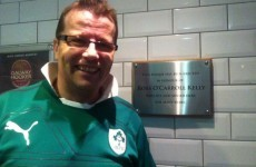 Dublin pub erects plaque to rugby hero... above the urinals