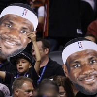 Lebron James sinks three-point buzzer beater to seal win for the Heat