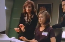 Jennifer Aniston learning about Windows 95 is the most 90s thing ever