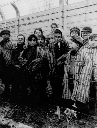 Three suspected Auschwitz guards --- aged 88, 92 and 94 --- arrested in Germany
