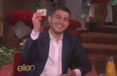 Ellen DeGeneres finally gives the Oscars pizza guy his tip