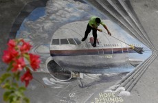 """Hunt for missing Malaysia plane closes in on """"final resting place"""""""
