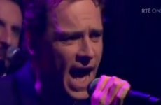 Amazing video of Michael Fassbender singing on The Late Late Show