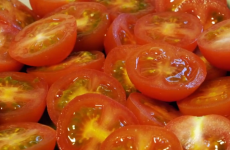 You've been chopping tomatoes wrong your whole life