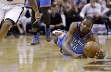 Spurs ease into 3-2 lead over Thunder