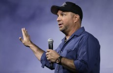 """Hotel apologises for saying Garth Brooks gigs were on, tells angry fans to """"get a life"""""""
