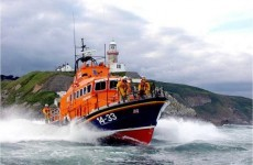 RNLI rescues 12 tourists after passenger boat hits rocks
