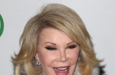 Broadway theatres dim lights for Joan Rivers following Twitter outcry