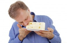 People who eat high-fat dairy foods less likely to develop type 2 diabetes