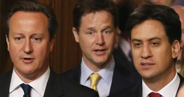 READ: UK party leaders pledge more powers if Scotland votes No