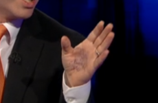 Minister 'doesn't know' what was written on his hand during Prime Time debate