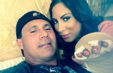 Jose Canseco's horrifying tweets about his 'smelly' finger falling off while playing poker