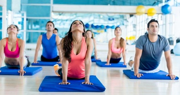 Yoga versus pilates, the battle of the stretches