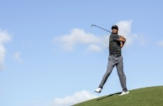 Tiger Woods returns to golf, duffs four easy chip shots in awful round