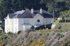 No movement at Killiney mansion despite 4pm deadline