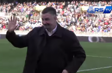 Hero's welcome for John Aldridge on his return to Real Sociedad
