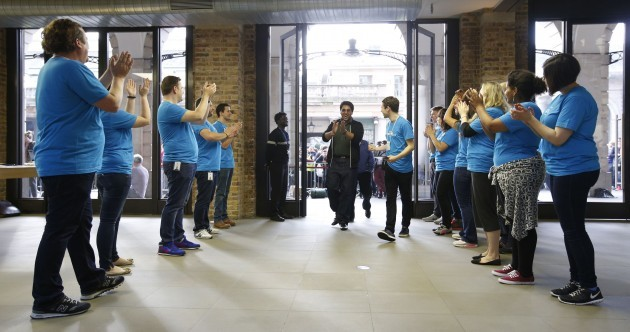 There is a sure-fire way to make all Apple staff treat you like royalty