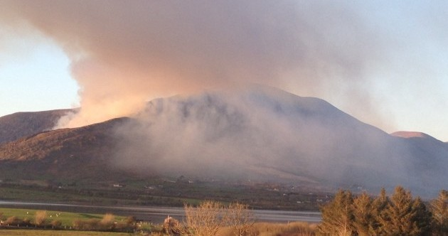 Air Corps called into Killarney National Park as blaze continues to rage