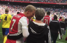 Ajax's players had their mammies accompany them to the field for Mother's Day