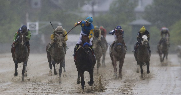 Mudbaths, ripped jerseys and title deciders - It's the best Sports Pictures of the Week