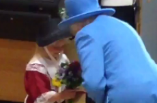 This six-year-old girl went to meet the Queen… but was hit in the face