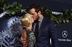 This Twitter exchange between Chris Pratt and Anna Faris will delight Jurassic World fans