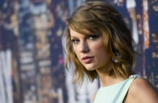 A photographer has called Taylor Swift a 'hypocrite' over her Apple letter