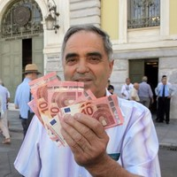 Greece has another �10.3 billion in debt due in 2015