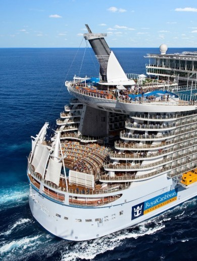 This ENORMOUS cruise liner will be soon be able to park-up at The Point