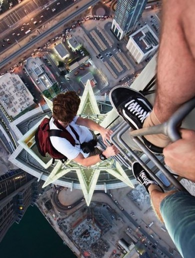 PHOTOS: Two friends climbed the world's scariest landmarks and put it all on Instagram
