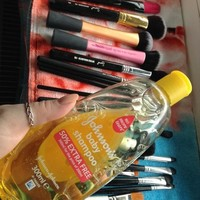 6 tips to make cleaning your makeup brushes less painful