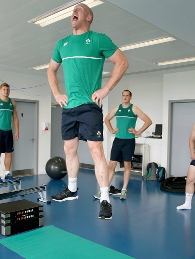 Healy and POC levitate before getting down to some heavy lifting at Ireland's gym session today