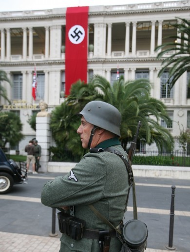 This huge Nazi flag caused consternation in Nice
