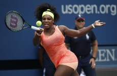 Some silly lad tried to steal Serena Williams' mobile phone & he was inevitably humiliated