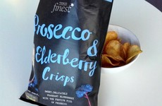 We tried the new Prosecco-flavoured crisps
