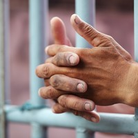 Here is how many prisoners got early release in 2014