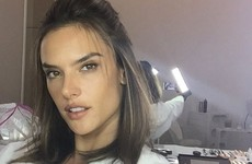 This Victoria's Secret model was caught rapid getting some help with her selfie