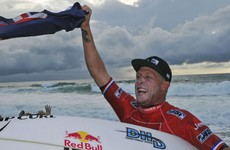 Top surfer Mick Fanning learns of brother's death during title chase