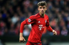 Rumours of Müller to Man United can finally be put to bed as he signs new Bayern deal