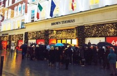 Retailers expect bumper Christmas sales after early-morning queues