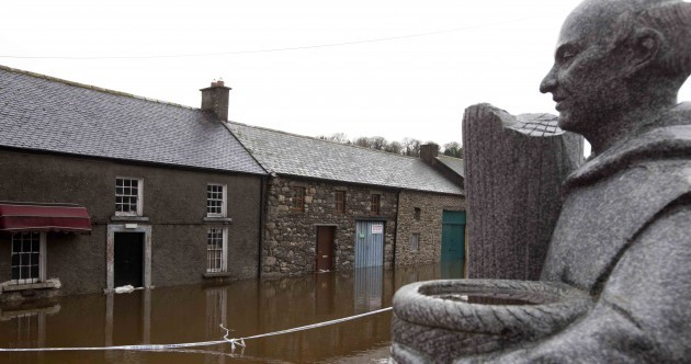 PICTURES: Irish towns continue to battle against floods