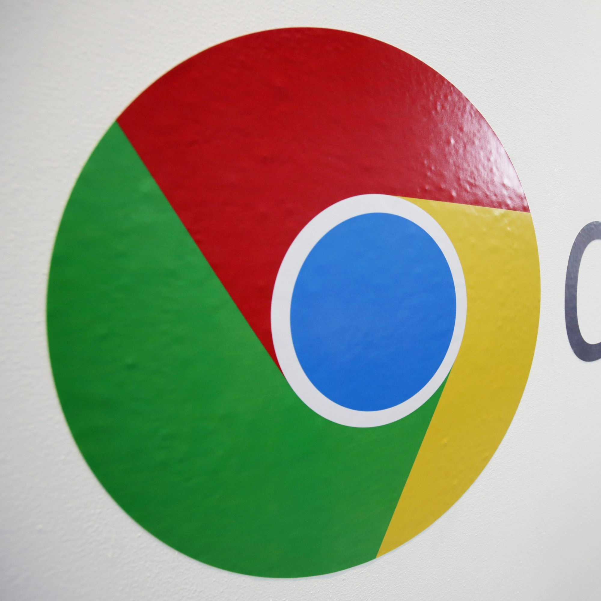 Google Chrome will be getting itself a makeover