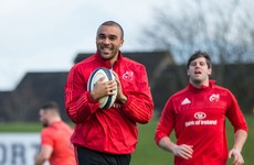 Simon Zebo has signed a new contract to keep him at Munster until 2018
