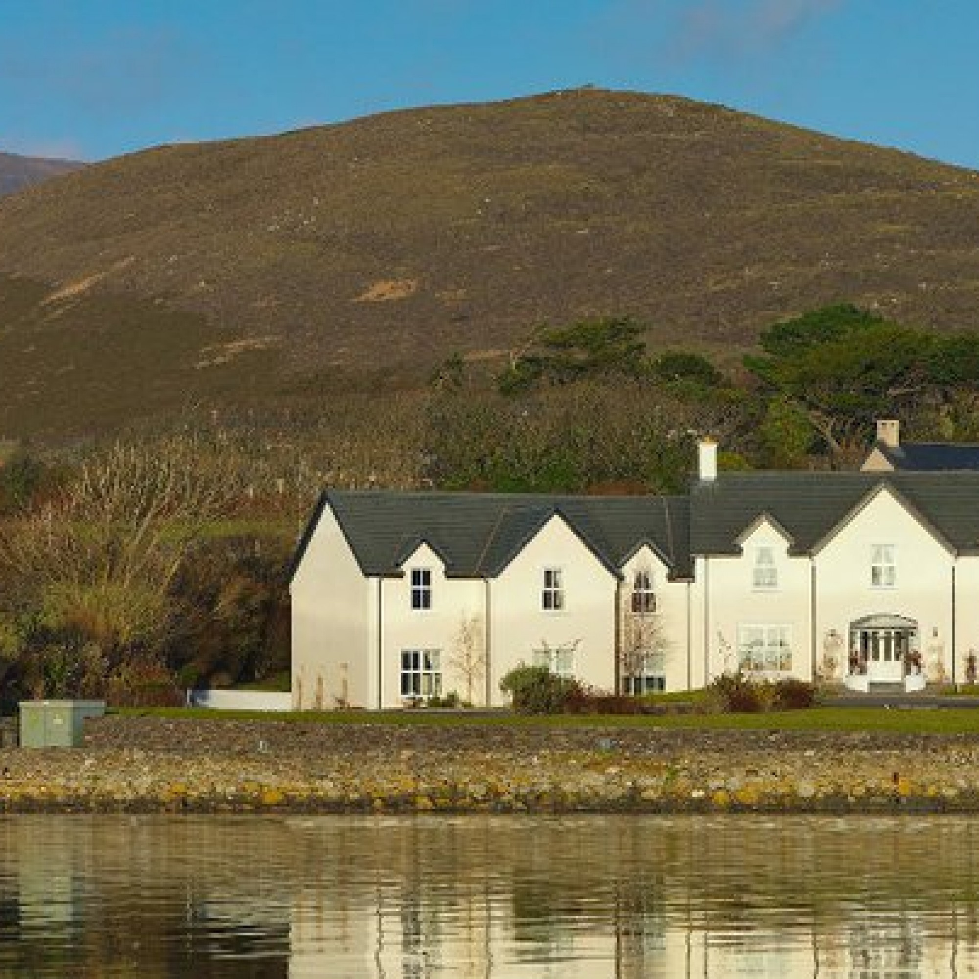 This lovely Dingle B&B was just named the 'best small hotel in Ireland' — here's what it's like inside